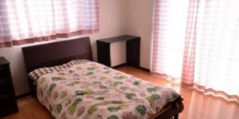 女の子の寝室